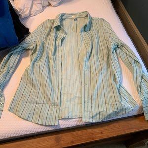 Women's perfect fit dress shirt, size xl